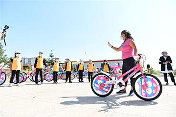 Avrupa Hareketlilik Haftası'nda Başkentli Öğrenci ve Ailelerine Bisiklet Sürüşü Eğitimi